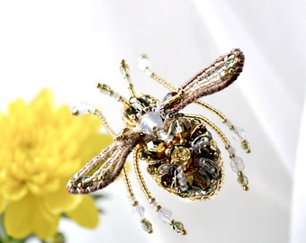 Small Bee pin Queen Bee jewelry Bubble Bee pin Honey Bee brooch Bee jewellery Nature Lover Gift for Her Woodland Fashion Statement Brooch