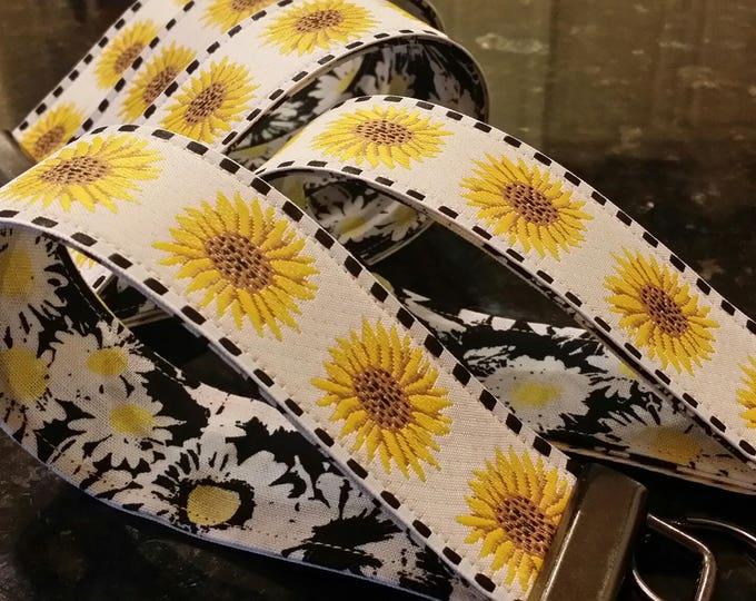 Key Chains-Key Rings-Key Fobs-Sunflower Ribbon on Black n' White