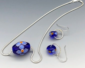Hancrafted Lampwork Glass Bead Necklace and Earring Set Inspired by the Flowers of Thailand