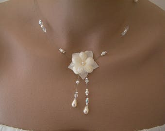 Ivory/cream/Crystal pr bridal/wedding/evening/cocktail/ceremonial dress, necklace beads flower (cheap)