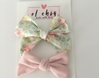 Mid Size Floral Bow and light Petite Pink Set