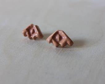 FRONDA Ceramic + Gold Stud Earrings