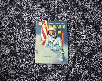 Vintage 1960s Astronaut Childrens Book. Space Travel Astronaut Collectible Book. Rare Mid Century Spotlight Wonder Book.