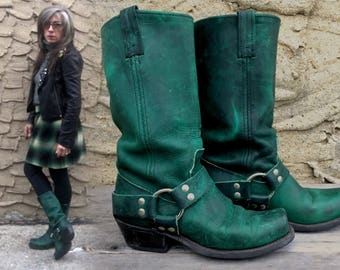 Ladie's 7-7.5 Frye Style 80's Kelly Green Oiled Leather Women's Harness Boots Rare Color Biker Chick Motorcycle Riding
