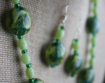 Green Swirl Necklace and Earrings