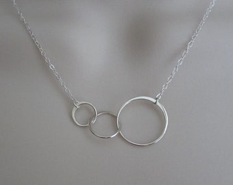 Infinity Necklace. Eternity Necklace.3 Generation Necklace.Sterling Silver Interlocking Rings Necklace.Dainty Layer Necklace.Sister Necklace