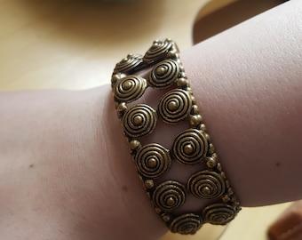 Brass hinged bangle