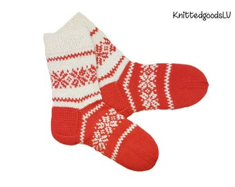 Hand made knitted socks, men, reinforced heel and toe, size 38-40 (9.5-10.5 US) wool acrylic, Latvian ornament, melange, white