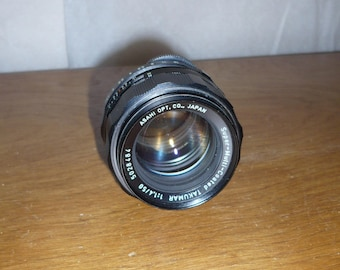 Takumar Super-Multi-Coated lens with carrying case 1970s