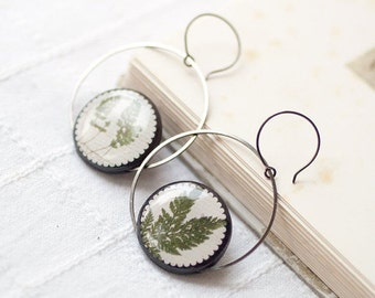 Plant earrings, Gift for mom Forest earrings, Natural history jewelry Botanic earrings, Nature jewelry,  Green earrings, Green leaf earrings