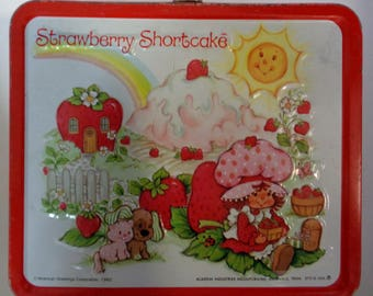 STRAWBERRY SHORTCAKE,Huckleberry Pie,Blueberry Muffin,Very Nice,Vintage Metal Lunchbox,1980,Aladdin, Cult TV Cartoon Doll Collectible