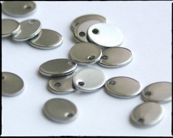Stainless Steel Stamping Blank. Oval. 9mm x 6mm. Stamping tag. QTY 10. engraving, hand-stamped jewelry, initial charm. Blank tag. 9x6 (3-2a)