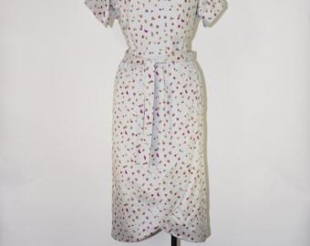 50s silver sheath dress / leaf print fitted dress / 1950s faux wrap dress / gray silky tulip dress
