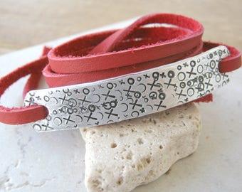 XO Bracelet, XOXO Red Bracelet, Valentine Bracelet, Valentine's Day Gift, I Love You bracelet, girlfriend gift, boyfriend gift