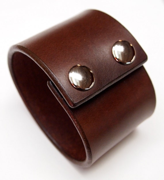 Leather cuff Bracelet Brown bridle Leather wristband with polished snaps made for YOU In USA by Freddie Matara