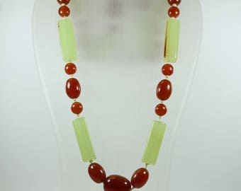 Vintage Art Deco Style (1920-1935)  Brown and Mint Green Bakelite Beaded Necklace