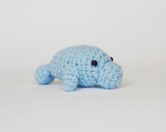 Tiny amigurumi manatee / crocheted manatee / miniature manatee / amigurumi animals / amigurumi manatee / crocheted manatee /