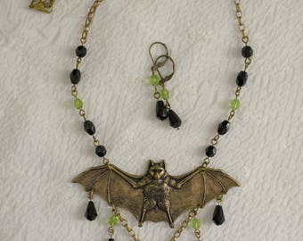 VAMPIRE bat Czech glass bead NECKLACE and earrings goth