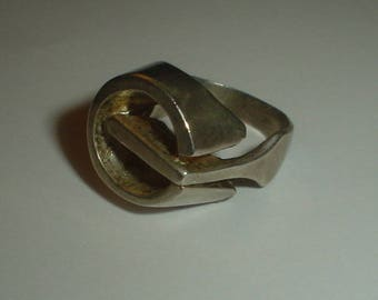 Silver ring modernist chunky G poss sterling vintage 70s UK M US 6
