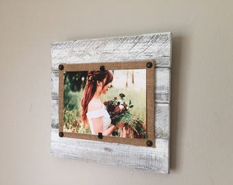 Pallet Picture Frame, Reclaimed Wood Frame, 4x6, 5x7, Distressed Frame, Wood Frame, Whitewash picture frame, Driftwood Frame, Beach Frame