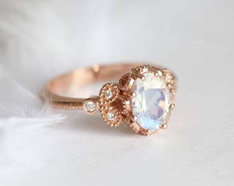 Moonstone Engagement Ring, Rainbow Moonstone Ring, Blue Moonstgone Ring, Moonstone Diamond Ring, Diamond Moonstone Ring, Oval Moonstone Ring