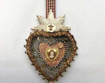 Valentine heart diorama (sepia)