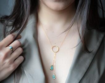 Collier gouttes turquoise avec des pierres goutte coupe turquoise, collier turquoise, cerceau, cercle, bleu turquoise, turquoise collier