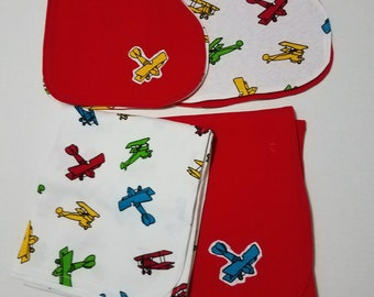 Baby Gift Set - Airplanes - 2 receiving blankets, 2 burp clothes