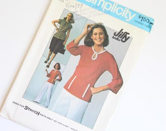 SIZE 12 7874 Simplicity Women's Pullover Top Shirt & Skirt UNCUT Sewing Pattern Vintage 1970s Seventies Key Hole Neck For Stretch Knits Only