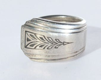 Silverplate, Spoon Ring, Deco Style