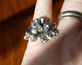 Mid Century silver ring.  Anemone ring.  Industrial.  Vintage jewelry.  Stretch.
