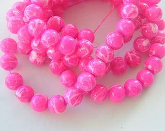 106 Fuchsia glass beads B171