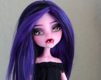 vampire elisabat repaint  /monsterhigh doll /custom