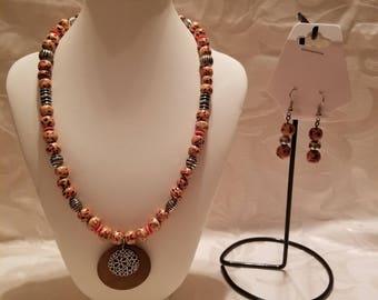 Fashion hand made jewelry set.