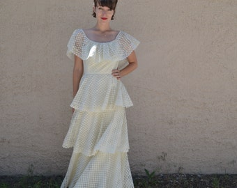 Vintage 70s Boho Hippie Spanish Wedding Dress - Sz 4 / 6 / 8