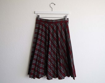 VINTAGE 1950s Skirt Plaid Pleated Wool Red Gray Extra Small