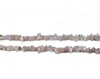 Strand 160+ Lilac Kunzite 4-6mm Chip Beads CB36556