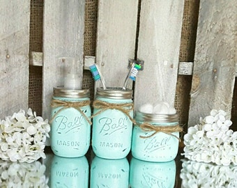 Mason Jar Bathroom Set. Rustic Bathroom Decor. Mason Jar Soap Dispenser. Farmhouse Decor. Wedding Gifts. Distressed Primitive Decor.