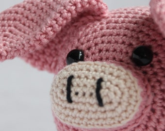 Crochet pattern Veerle the pig