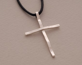Everyday modern cross necklace, Minimalist sterling silver cross pendant for women or men, ST628a