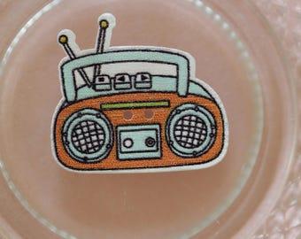 button wood radio K7 blue and orange