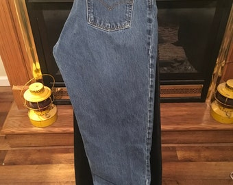 90's women's 550 relaxed levis
