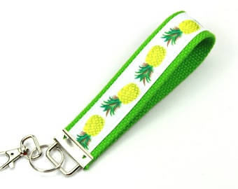 PINEAPPLE Fabric Key Fob, Wristlet Key Fob, Pineapple key chain, Green Key Fob