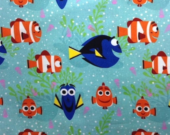 Child's Long Sleeve Art Smock -  Dory - Nemo   - Light  Blue