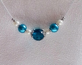 Turquoise necklace with pearls and glass