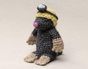 Crochet amigurumi mole pattern