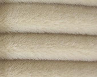 Quality ALP6/S - Alpaca  - 1/4 yard (Fat) in Intercal's Color 485S-Oatmeal. A German Alpaca Fur Fabric for Teddy Bear Making, Arts & Crafts