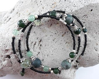 Bracelet with natural Prehnite and Aventurine stones/ Coiled Bracelet / Wired Bracelet
