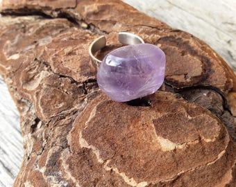 Amethyst purple gemstone ring