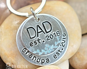 Dad Personalized Key chain - Mixed Metal Customizable Gift for Dad - Kids Names - New Dad Gift - Father's Day Gift - Grandpa Gift
